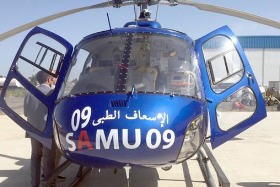 مروحية طبية تنقل شابا للعلاج من العيون إلى مدينة مراكش