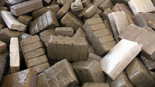 حجز 40 كيلوغراما من مخدر الشيرا على متن شاحنة للنقل الدولي بطنجة