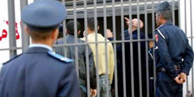 """6 سنوات سجنا لأب وابنه متهمين بتهديد إمام وخطيب مسجد ينتقد """"داعش"""" بالقتل"""