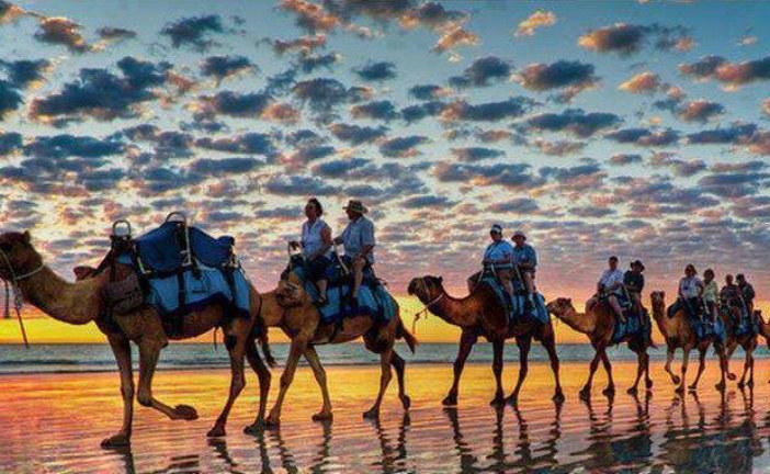وفد إسباني يستكشف المؤهلات السياحية لمدينة الداخلة