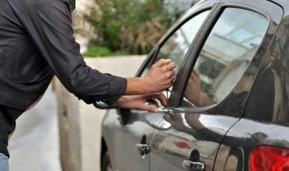 تفكيك شبكة إجرامية متخصصة في سرقة وتصريف السيارات ببرشيد