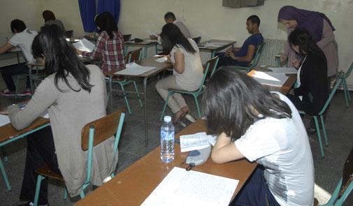 وزير التربية الوطنية يحقق في منح نقاط لتلاميذ رغم تغيبهم عن الامتحانات