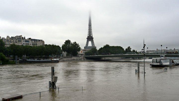 باريس تغرق تحت الماء ومخاوف من تكرار سيناريو سنة 1910