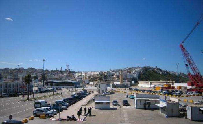 توقيف سائق شاحنة حاول تهريب 6 مرشحين للهجرة السرية بميناء طنجة