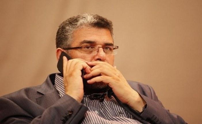 مصطفى الرميد يشتكي للعثماني ضيق مكتبه بالوزارة