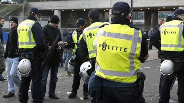"""تشديد إجراءات الأمن بمطار هولندي تحسبا لـ""""خطر"""""""