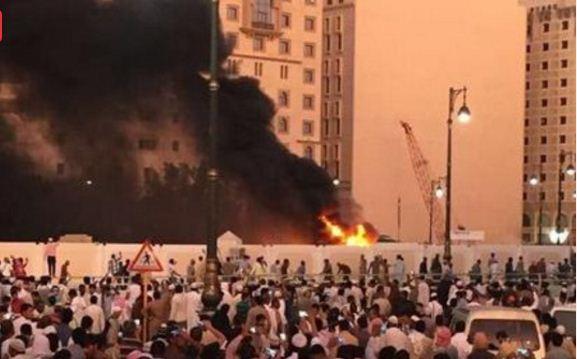 عاجل… مصرع رجلي أمن ومقتل انتحاري في 3 تفجيرات جديدة بالسعودية