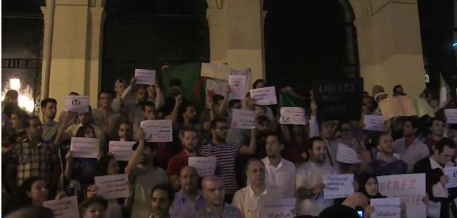 فنانون وصحافيون يطالبون بإطلاق سراح مدير قناة تلفزيونية بالجزائر