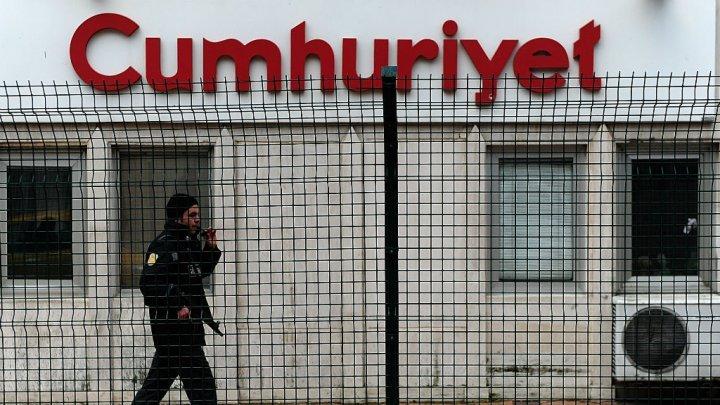 تركيا: إغلاق أكثر من 80 مؤسسة إعلامية في أعقاب محاولة الانقلاب الفاشلة