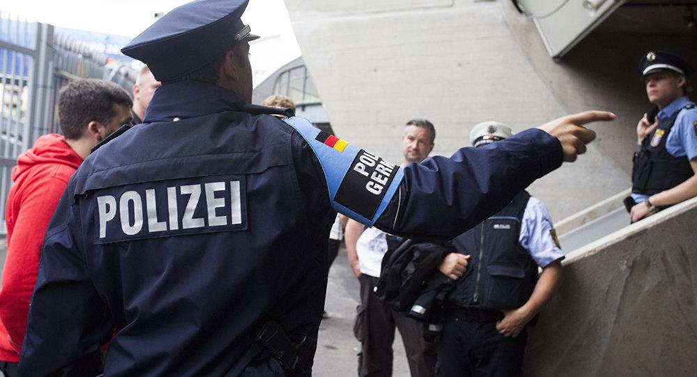 ألمانيا … اللاجئ الموقوف خطط لاستهداف مطار في برلين