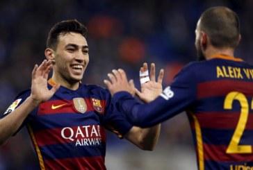 برشلونة يمدد عقدي الحدادي وسامبر