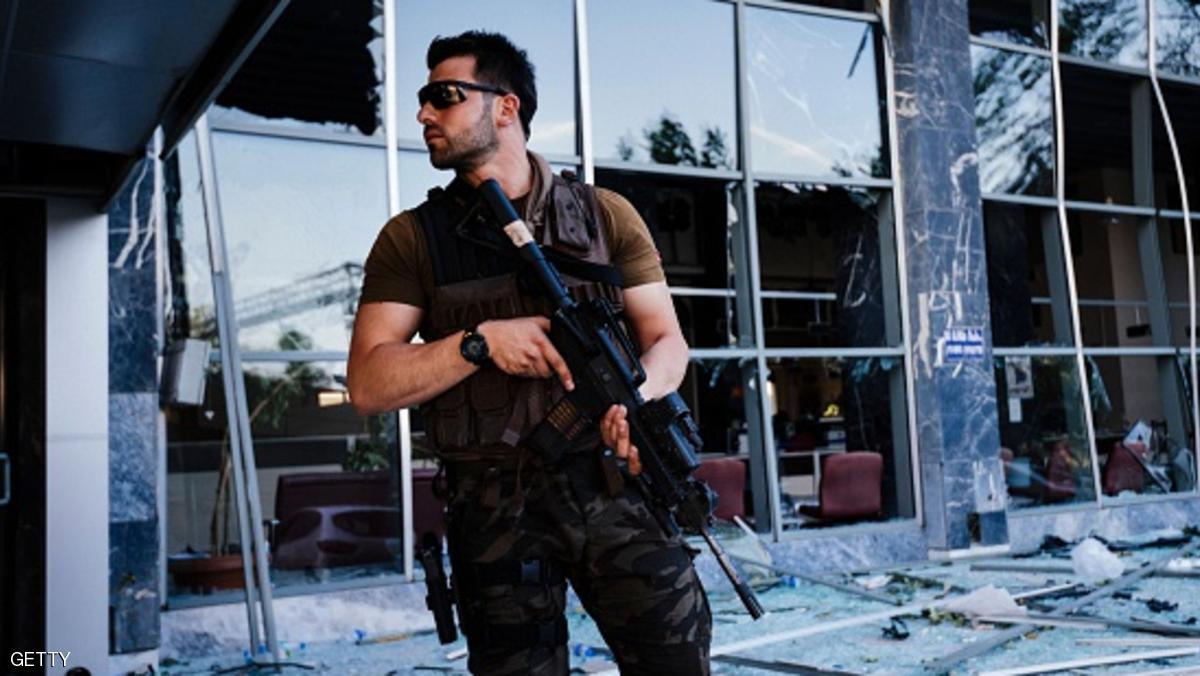 مقتل وإصابة عشرات رجال الشرطة الأتراك في هجوم بسيارة مفخخة