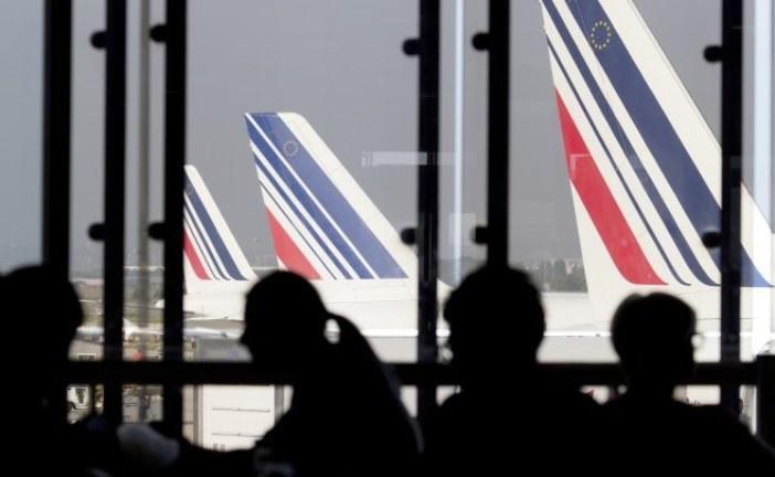 """فرنسا: إضراب طواقم """"إير فرانس"""" يؤثر على رحلات المسافرين"""