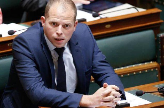 """وزير بلجيكي يكشف أن الجزائر تنسب مواطنيها المقيمين ببلجيكا """"سرا"""" للمغرب"""