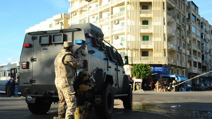 """مصر تعلن مقتل 19 """"إرهابيا"""" متورطا في الهجوم على أقباط المنيا"""