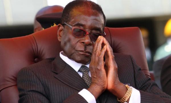 الحزب الحاكم الزيمبابوي يعتزم عزل الرئيس موغابي