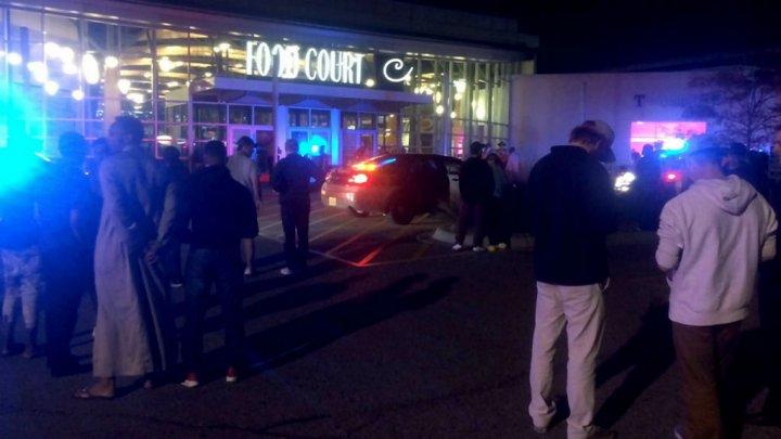 """تنظيم """"الدولة الإسلامية"""" يتبنى الاعتداء في مركز للتسوق بولاية مينيسوتا"""