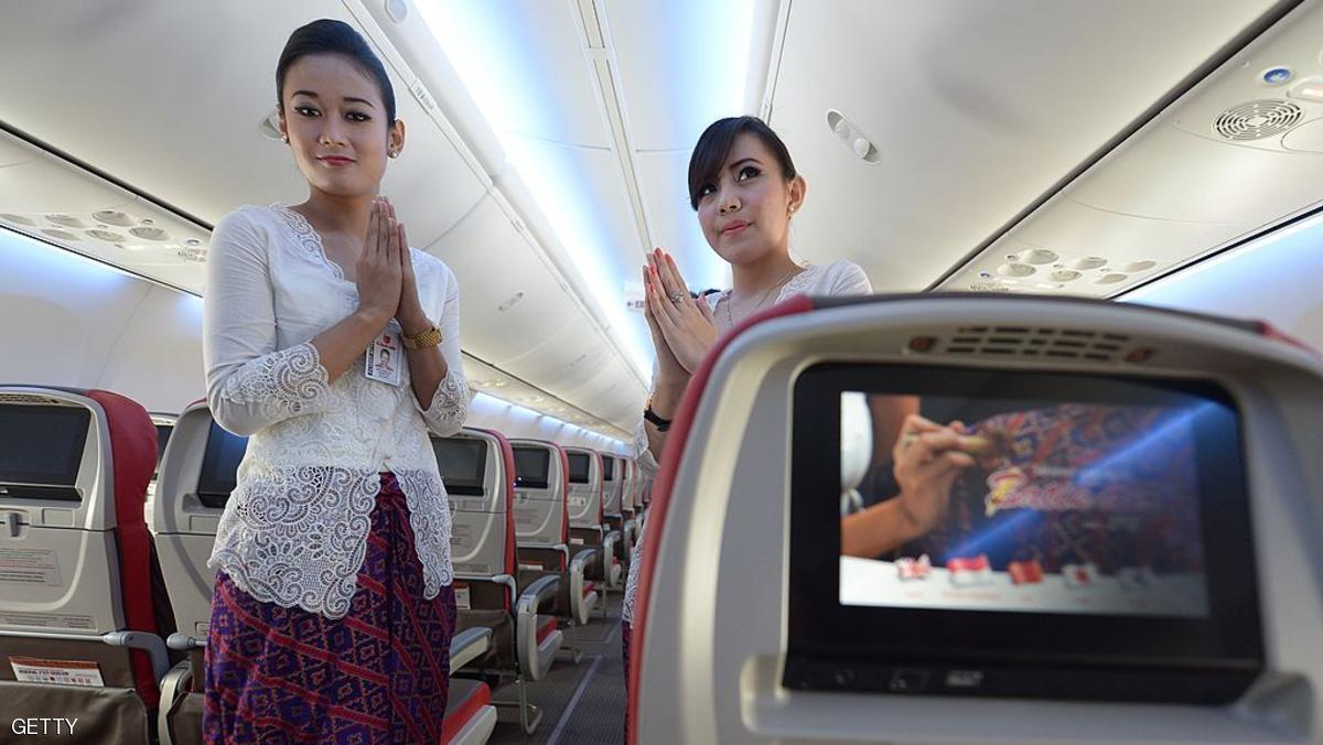 أسرار يخفيها طاقم الطائرة عن المسافرين