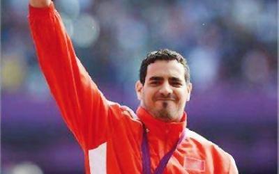 البطل عز الدين النويري يهدي الذهب للمغرب في الألعاب بارا أولمبية
