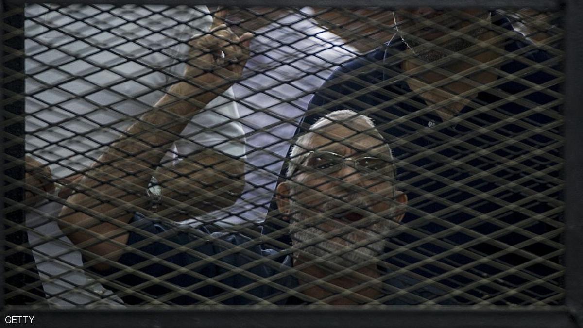 تأييد أحكام المؤبد بحق مرشد الإخوان وآخرين بمصر