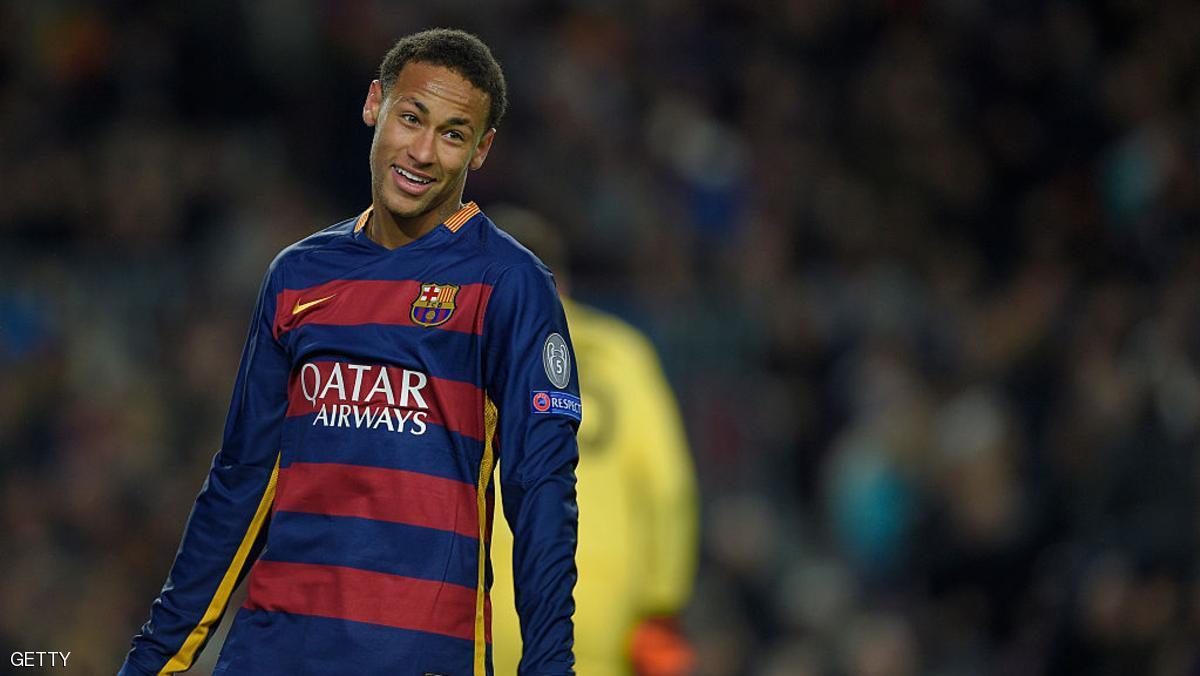 نيمار يمدد عقده مع برشلونة حتى 2021