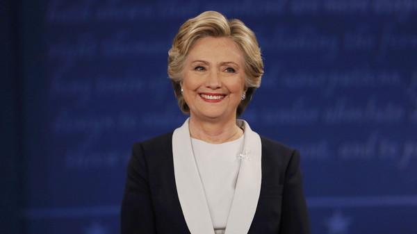 استطلاع CNN: كلينتون تفوز بالمناظرة الثانية أمام ترامب
