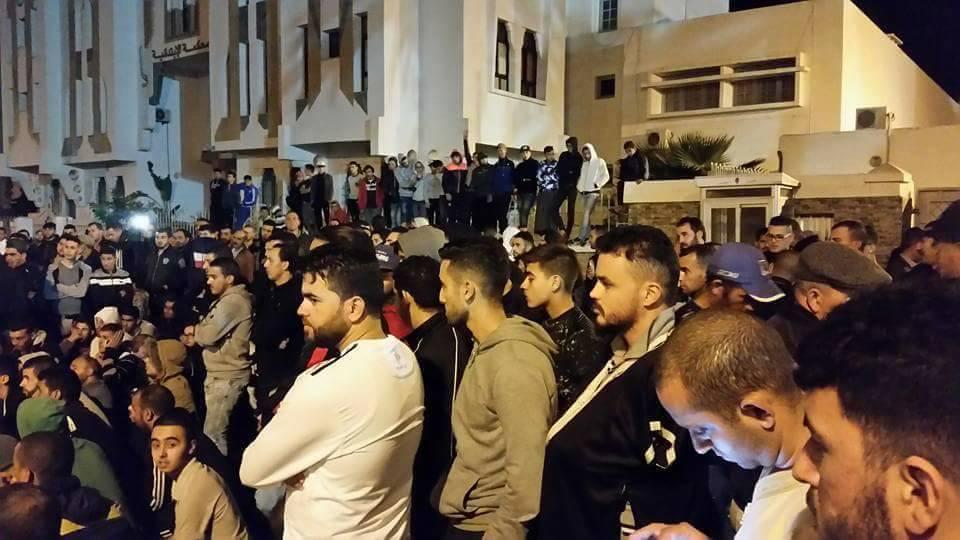تنظيم مناظرة وطنية حول الاحتجاجات التي تعرفها الحسيمة لإخراج المطالب لحيز الوجود