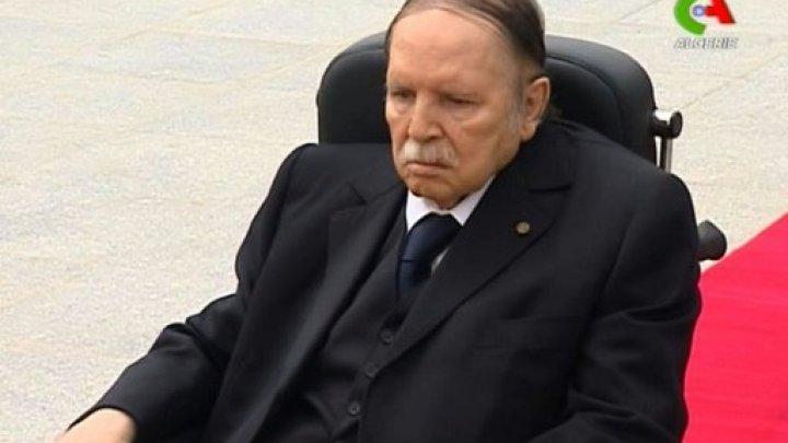 """بوتفليقة يقفز على مطالب الشارع الجزائري ويقول : """"انتخبوني هذه المرة ولن أترشح فيما بعد"""""""