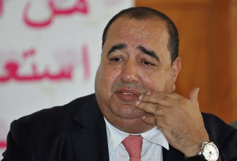 حسناء أبو زيد تعاتب لشكر بسبب الاستوزار