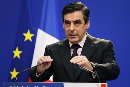 فرنسوا فيون يتصدر نتائج الانتخابات التمهيدية لليمين الفرنسي