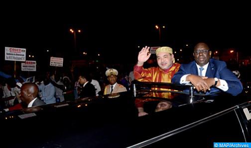 الملك محمد السادس يحل بالعاصمة السنغالية دكار