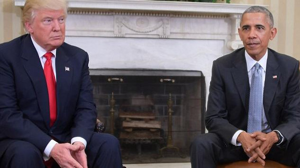 بالصور.. كيف تحدث جسدا أوباما وترمب في البيت الأبيض؟