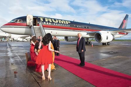 وصول الرئيس المنتخب دونالد ترامب إلى البيت الأبيض للقاء أوباما