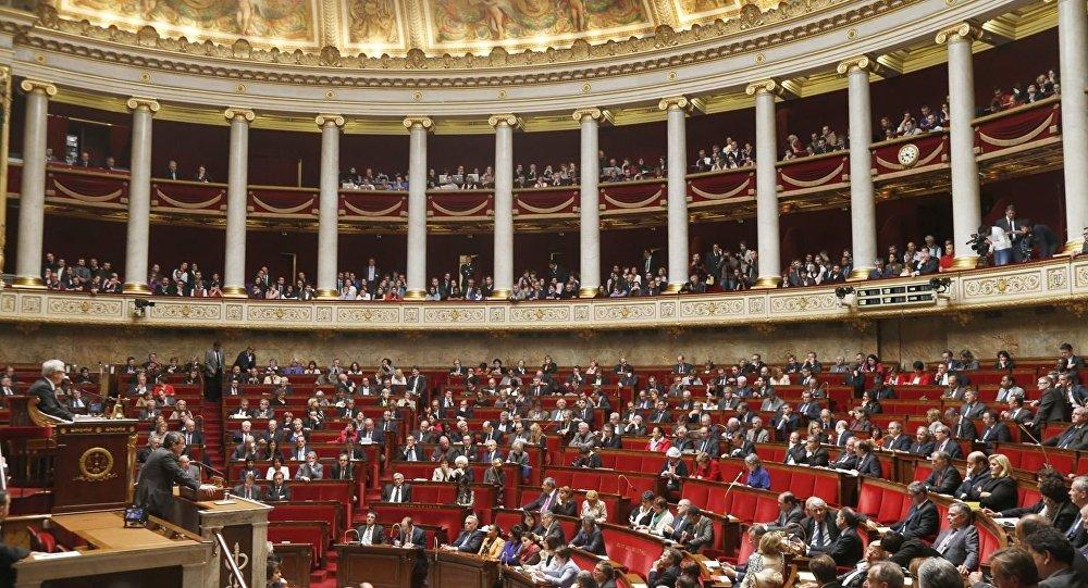 نواب فرنسيون ينوهون بمصادقة البرلمان المغربي على القانون التأسيسي للاتحاد الافريقي