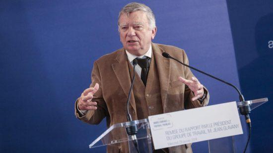 النائب الاشتراكي الفرنسي جان جلافاني ينفي ما نسب له بخصوص صحة الملك محمد السادس