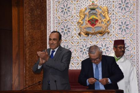 قرار إلغاء تقاعد البرلمانيين يحير المالكي والعثماني