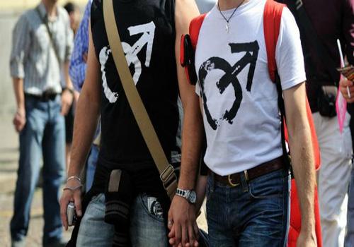 """سابقة… زواج لمثليين في المغرب وأحدهما ينشر """"عقد الزواج"""" + وثيقة"""