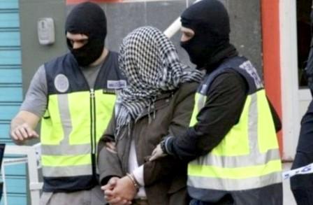 """اعتقال مغربي يتزعم خلية لتجنيد جهاديين في صفوف """"داعش"""" بإسبانيا"""