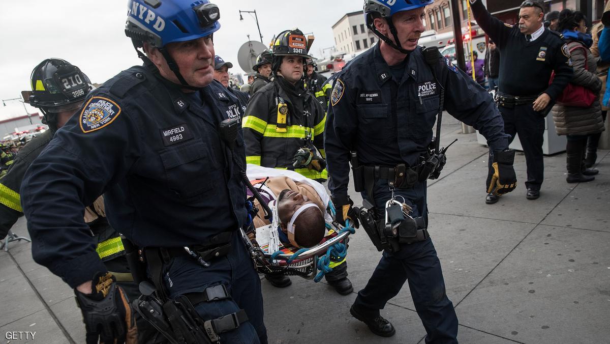إصابة العشرات في انحراف قطار بنيويورك