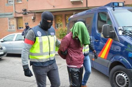 """اعتقال مغربي جند """"دواعش"""" لتنفيذ هجوم إرهابي في إسبانيا"""