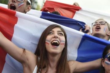 """شابة فرنسية للشباب المغاربة """"أجيوا تزوجوا بينا فابور وبلا فلوس"""""""