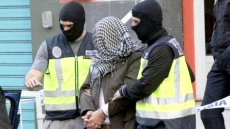 """توقيف مغربي بكاتالونيا للاشتباه في تمويله تنظيم """"داعش"""""""