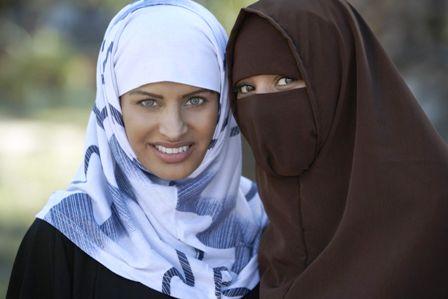 المحكمة الأوروبية تنظر الثلاثاء في حظر الحجاب أثناء العمل