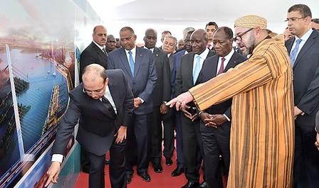 الملك والرئيس الإيفواري يترأسان حفل تقديم سير الأشغال في مشروع خليج كوكودي