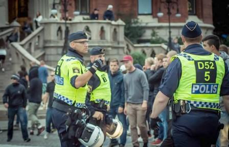 اعتقال شخص آخر يشتبه في ضلوعه في هجوم ستوكهولم