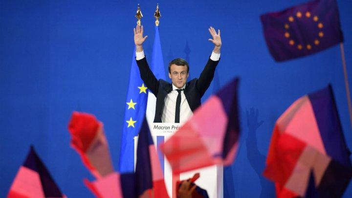 عاجل… إيمانويل ماكرون يفوز في الانتخابات الرئاسية الفرنسية