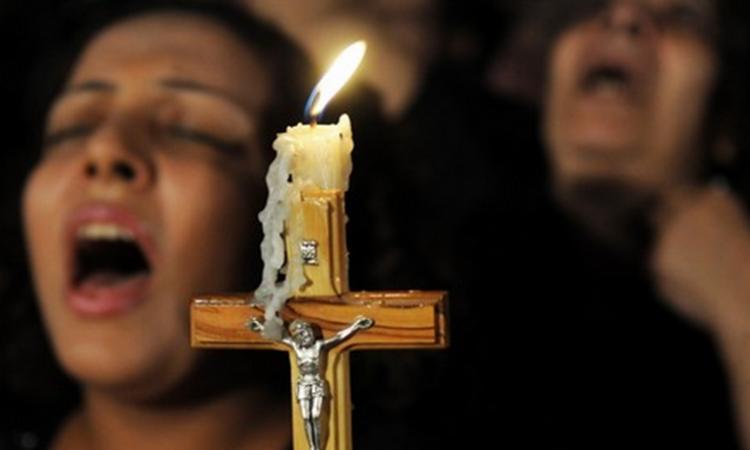 المسيحيون المغاربة يدقون باب رئيس الحكومة سعد الدين العثماني