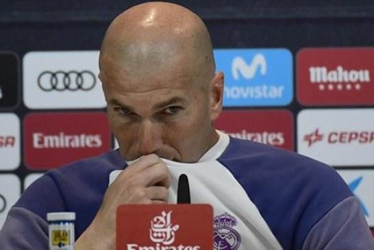 زيدان يلوح بإمكانية الرحيل عن نادي ريال مدريد