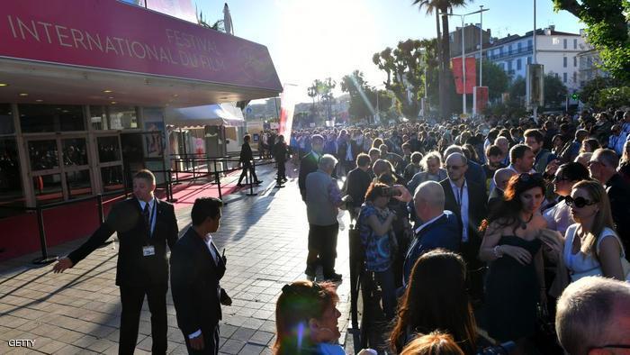 قنبلة تثير الهلع في مهرجان كان السينمائي بفرنسا