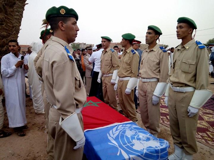 بالصور… المراسيم الرسمية لتشييع جنازة الجندي المغربي عزيز مولاي مبارك الذي استشهد في افريقيا الوسطى